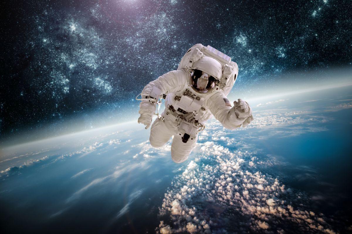 Rüyada Astronot görmek